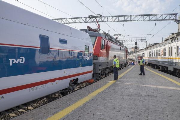 Услуга перевозки автомобилей от РЖД появится на маршруте Самара-Москва
