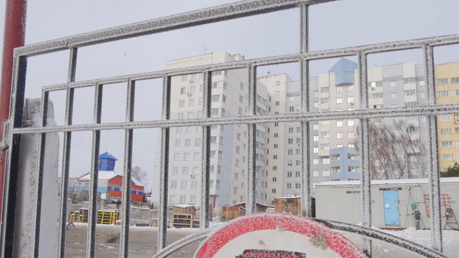 В Барнауле кипятком подтопило детский сад и несколько жилых домов