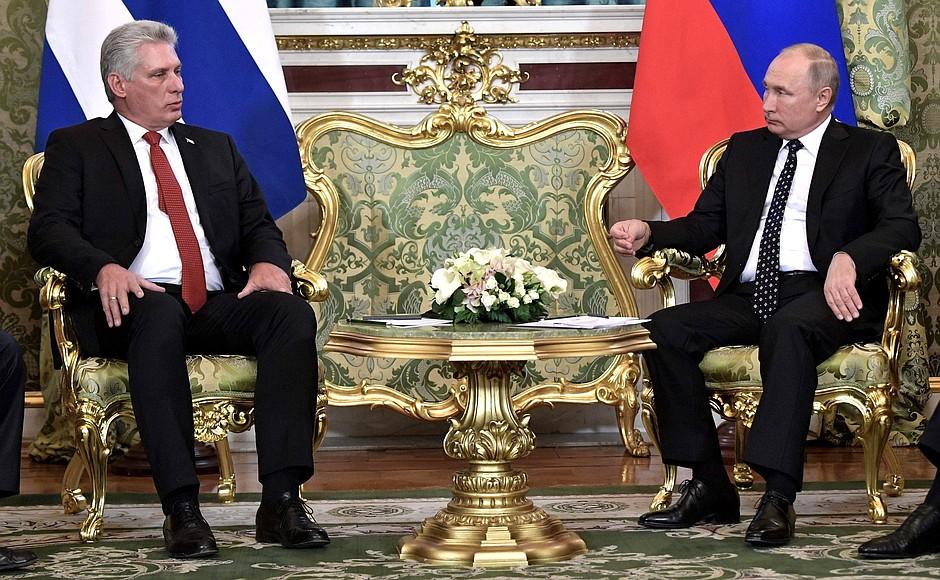 Российско-кубинские переговоры состоялись в Кремле