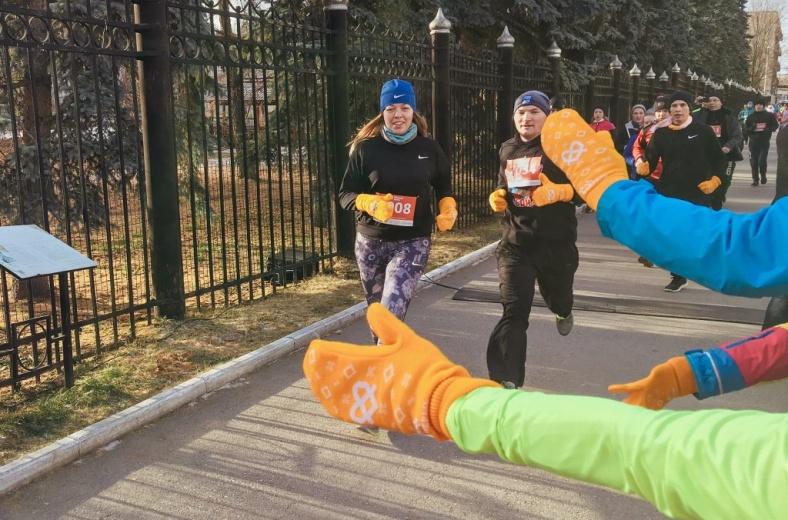 «Теплый забег»: в Перми марафон собрал около 1 млн рублей для детей-сирот с инвалидностью