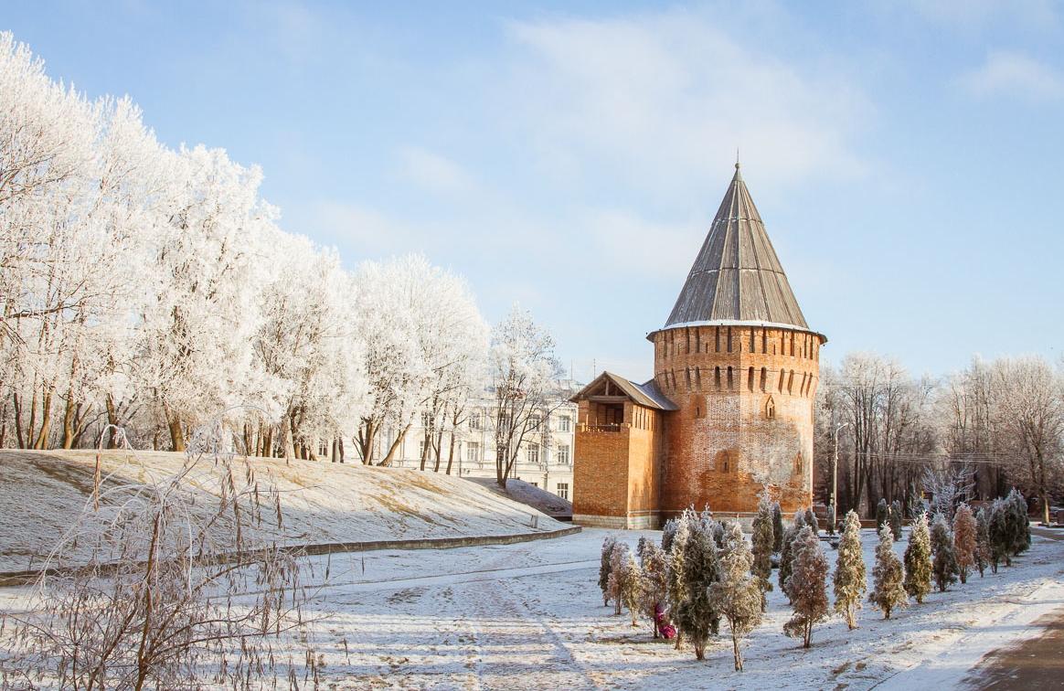 Названы бюджетные города России для новогодних путешествий