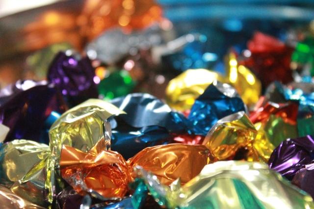 В Роскачестве посоветовали, как выбирать сладости на Новый год