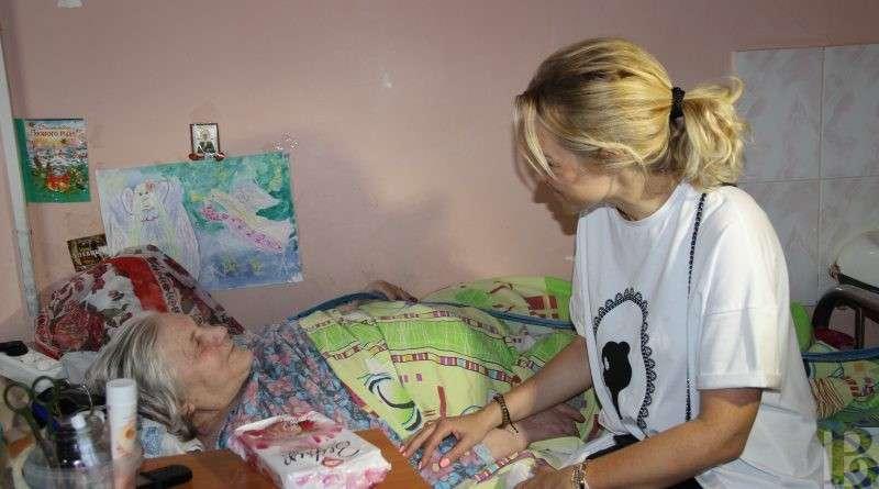 Регионы получат 295 млн рублей на долговременный уход за пожилыми и инвалидами