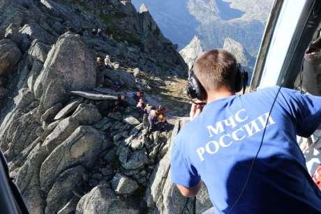 В России туристов обязали предупреждать МЧС о походах в горы