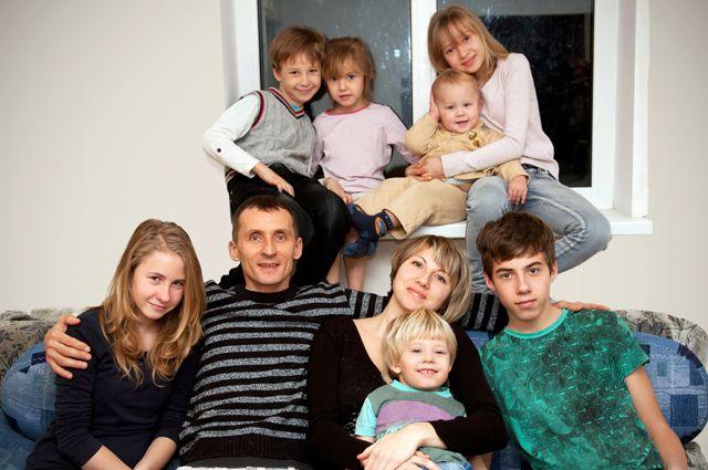 В Новосибирской области 19 многодетных семей были обеспечены жильём в 2018 году