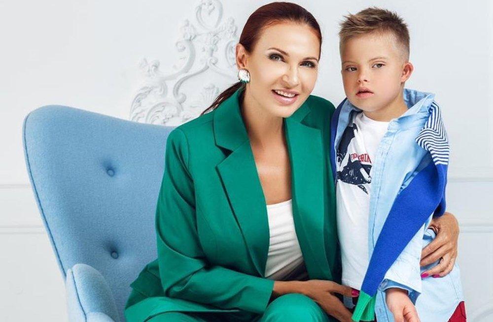 Эвелина Блёданс откроет благотворительный фонд «Мы все разные»