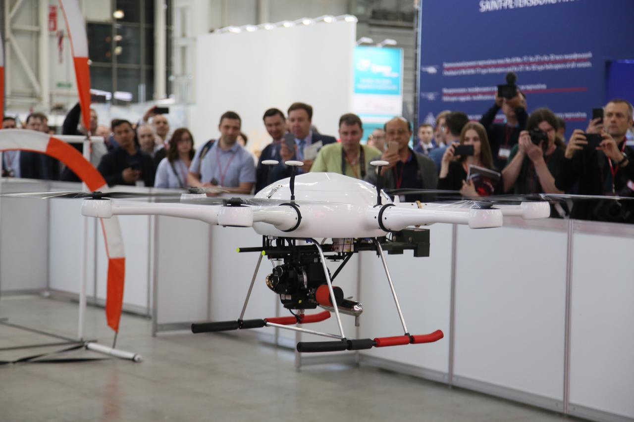 Квадрокоптер молодых участников HeliRussia-2019 привлёк внимание профессионалов