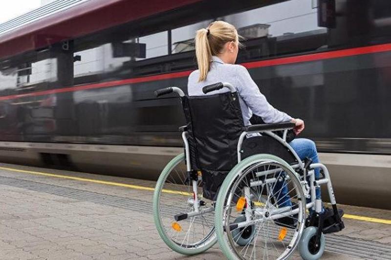 За отказ обслужить инвалида в кафе или пустить в самолёт введут штрафы