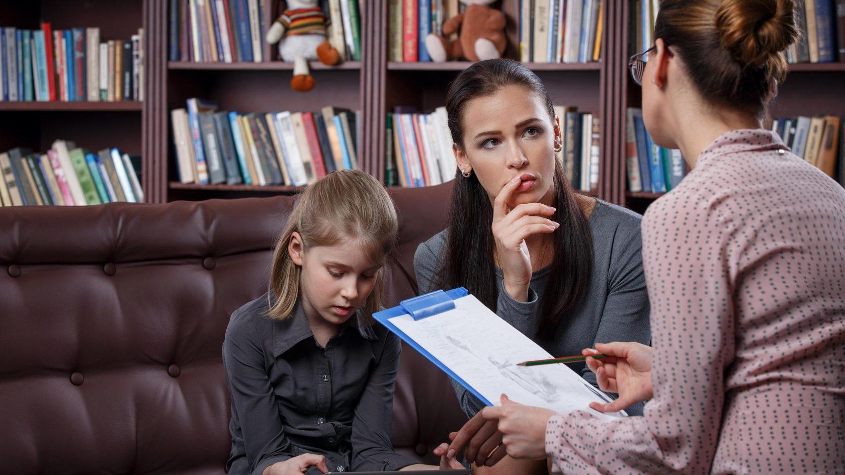 В парламенте задумались о борьбе с разводами при помощи курса семейной психологии в школах