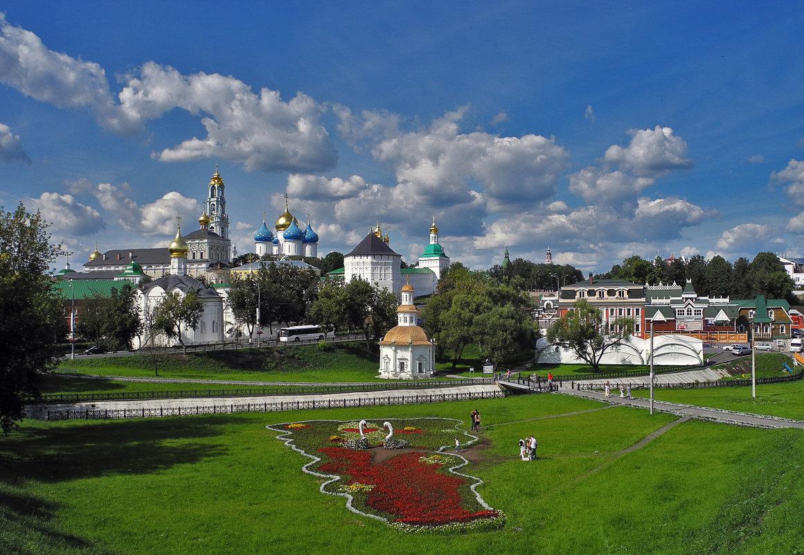 В РПЦ назвали реновацию в 140 млрд рублей в Сергиевом Посаде социальным проектом