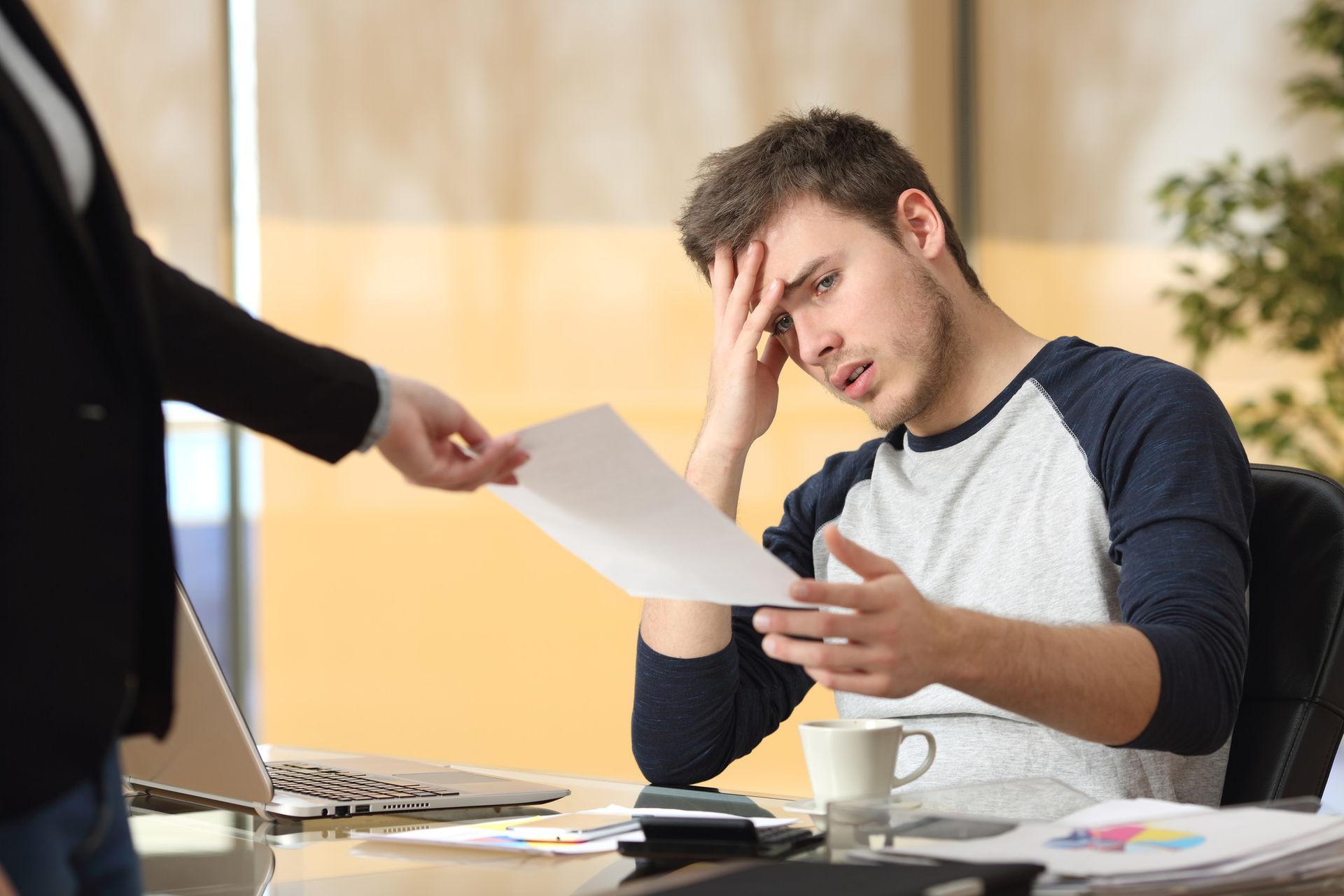 Увольняемым в ликвидируемых организациях работникам помогут получить выплаты