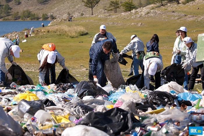 Greenpeace отправится проверить Байкал на загрязнение одноразовым пластиком