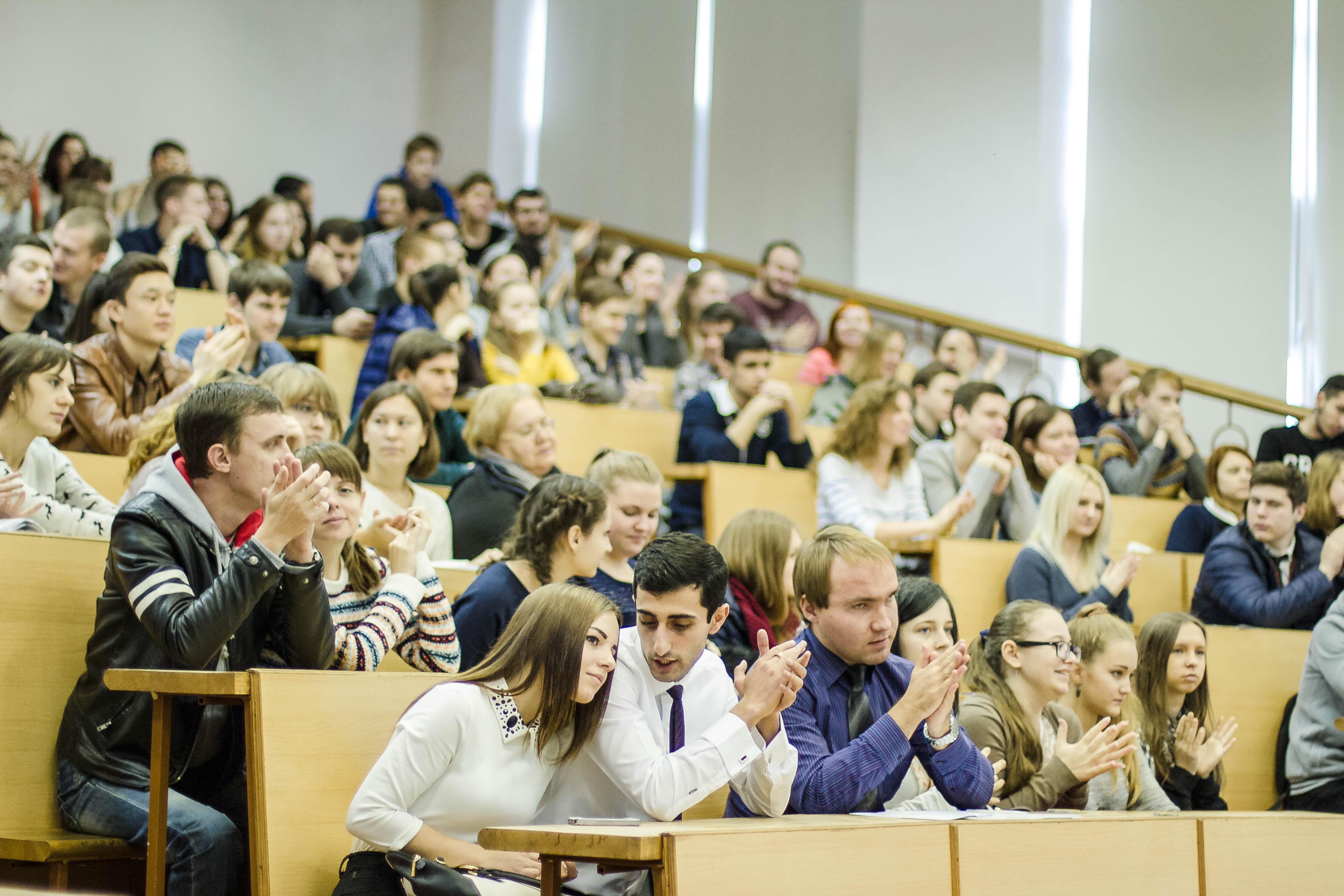 Бесплатное высшее образование предложили ввести в приграничных регионах