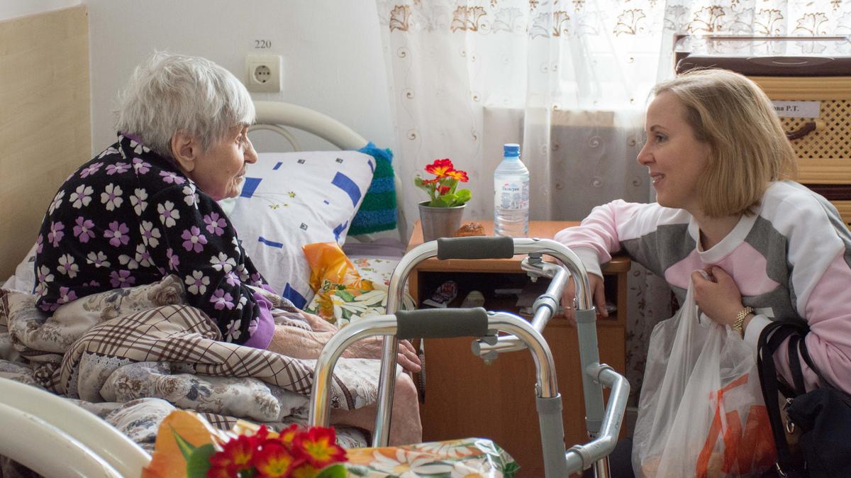 Фонд «Старость в радость» подвёл первые итоги работы системы долговременного ухода