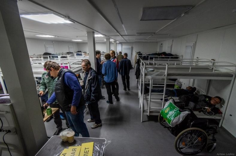 Первый круглогодичный приют для бездомных открыли в Петербурге
