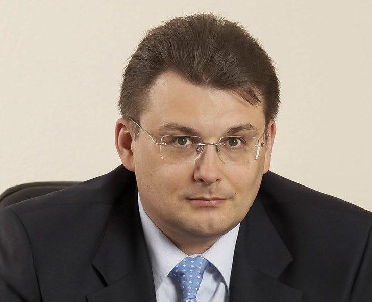 Депутат Госдумы Евгений Фёдоров: «Навальный подставляет молодёжь и даже детей, за это его надо привлекать как организатора»
