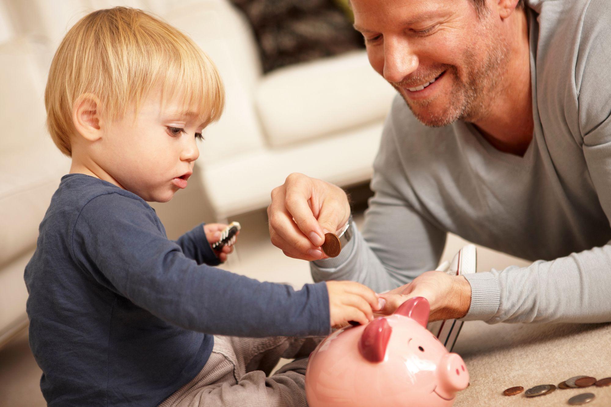 В Госдуме предложили повысить налоговый вычет семьям с детьми и инвалидами