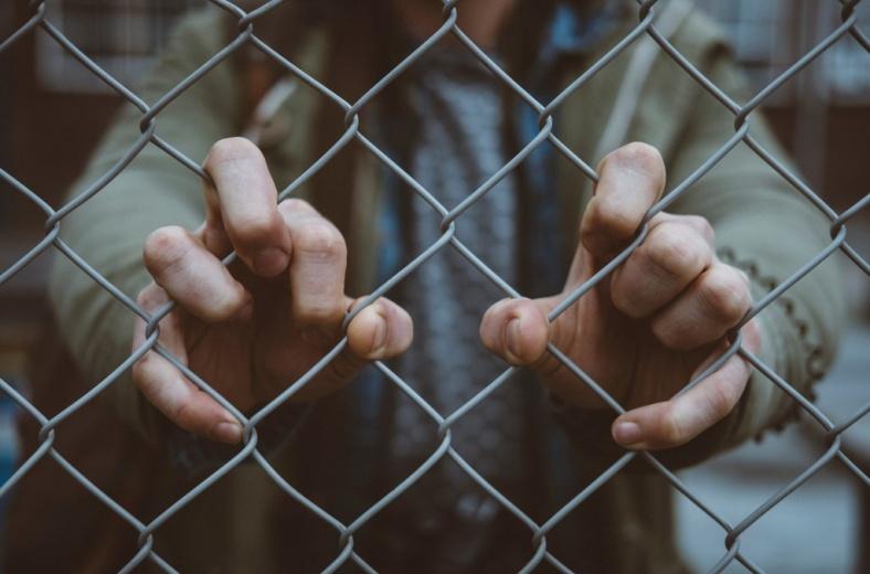 Детский омбудсмен предложила ввести амнистию за нетяжкие преступления