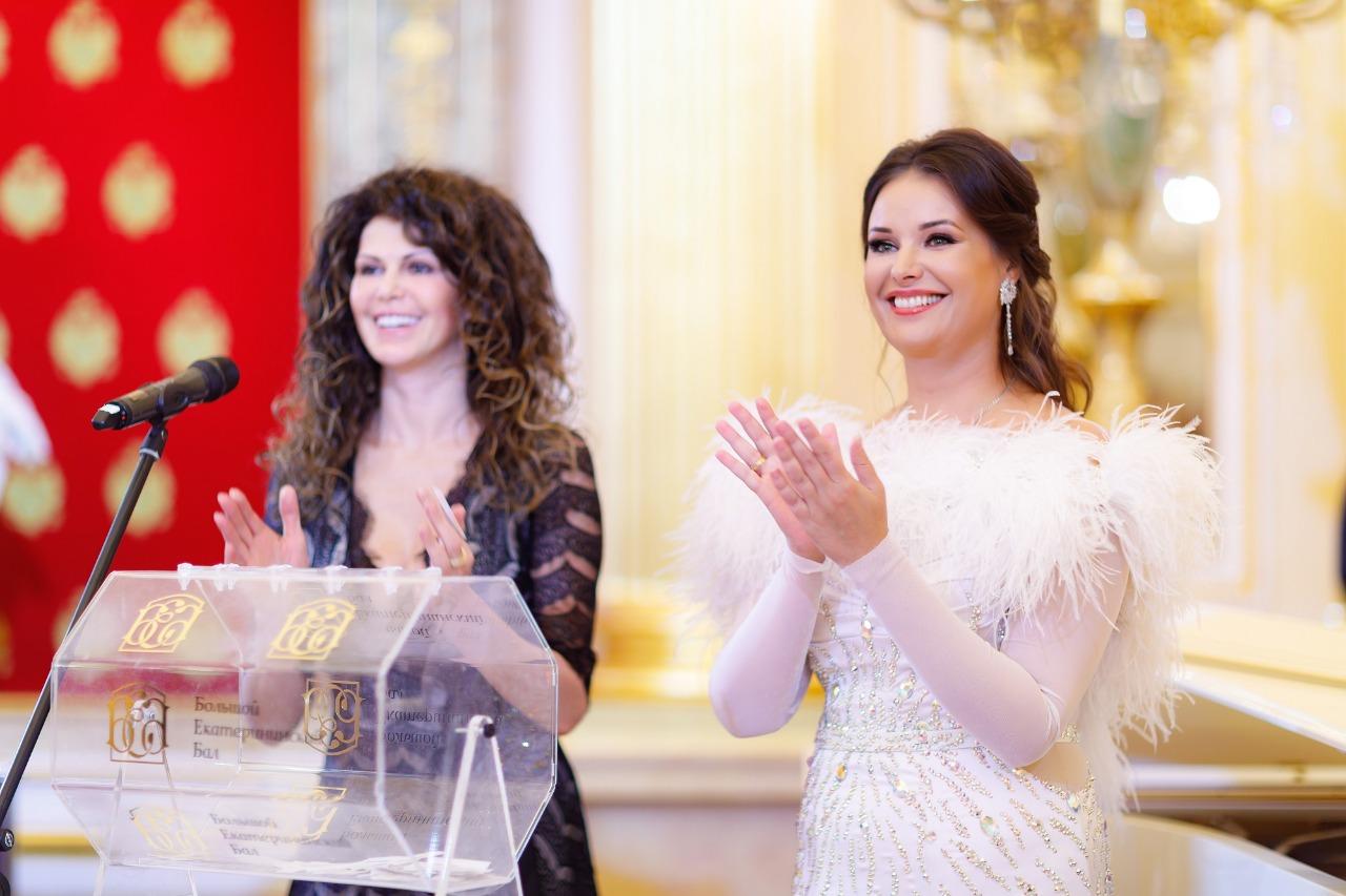 Благотворительная лотерея Оксаны Фёдоровой собрала помощь для девочки с ДЦП