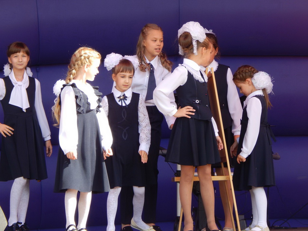 В Госдуме предложили пригласить итальянцев для создания народной школьной формы в России