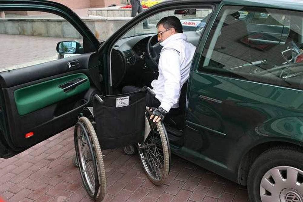 Инвалидам собираются предоставить преимущество при возведении гаражей