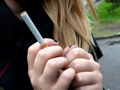 В МВД предложили ввести арест для родителей курящих детей