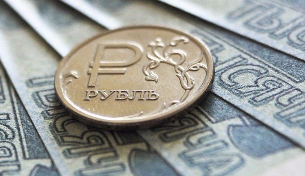 В Госдуме поддержали проект закона о повышении минимальной зарплаты