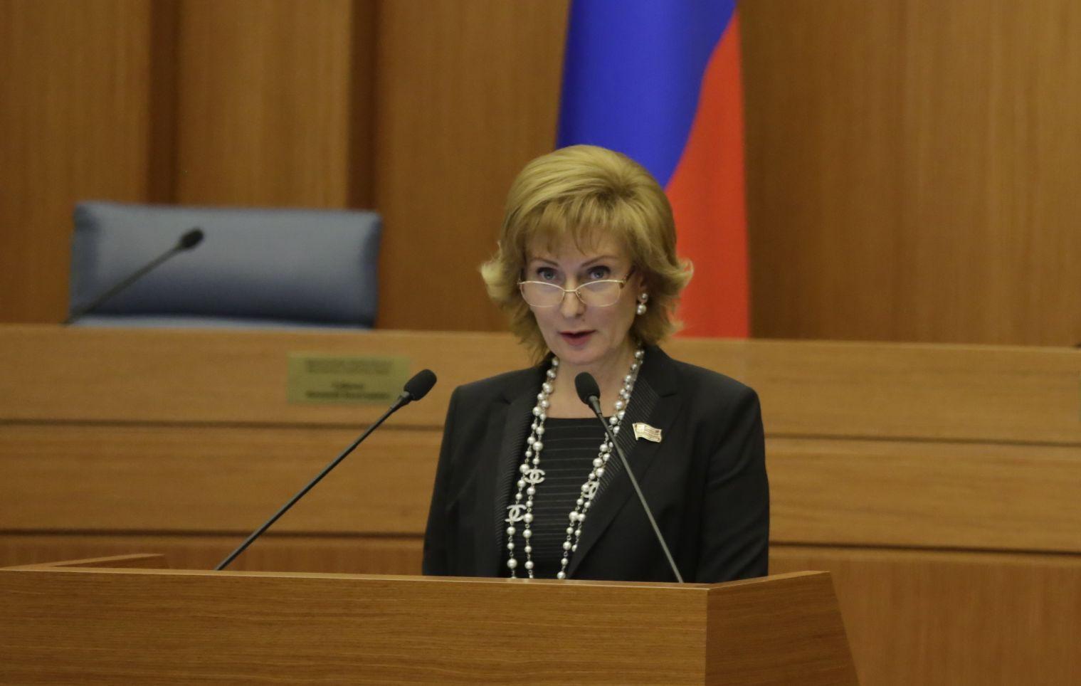 Сенатор Святенко может представить Совфед по взаимодействию с детским омбудсменом