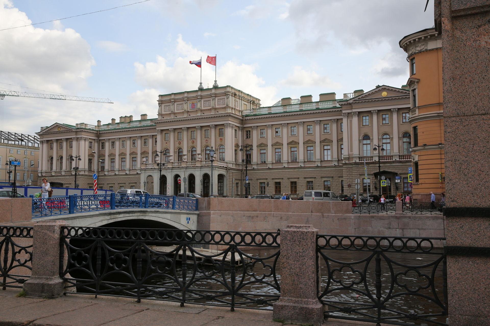 Петербургские депутаты предложили запретить посещать квесты детям до 14 лет