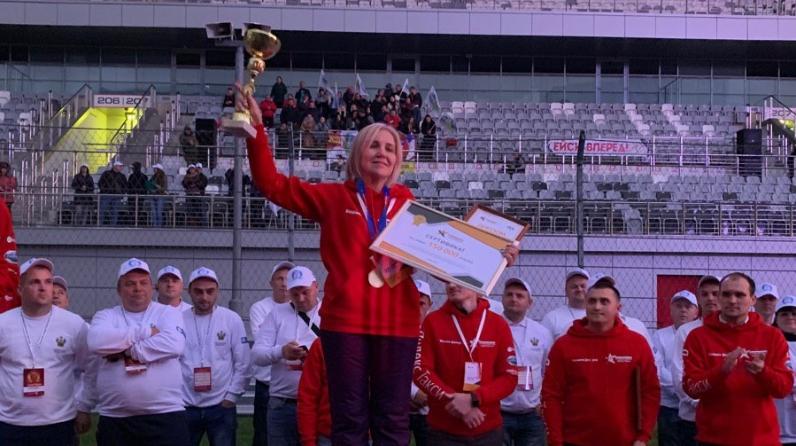 Женщина-водитель была названа лучшим таксистом России