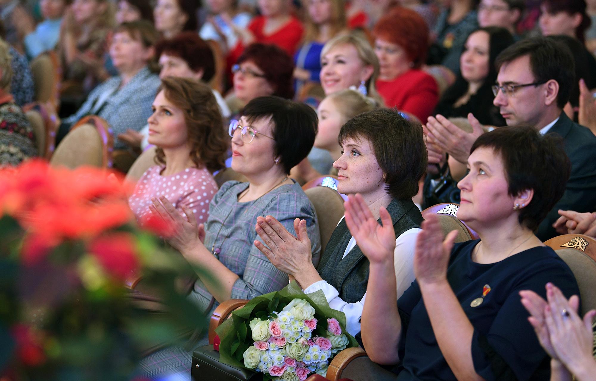 Фонд «Созвездие детских талантов» вручит премии лучшим мамам