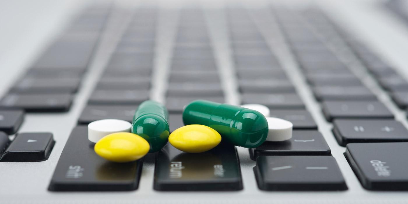 В Совфеде заявили о поддержке борьбы с наркотиками в Интернете