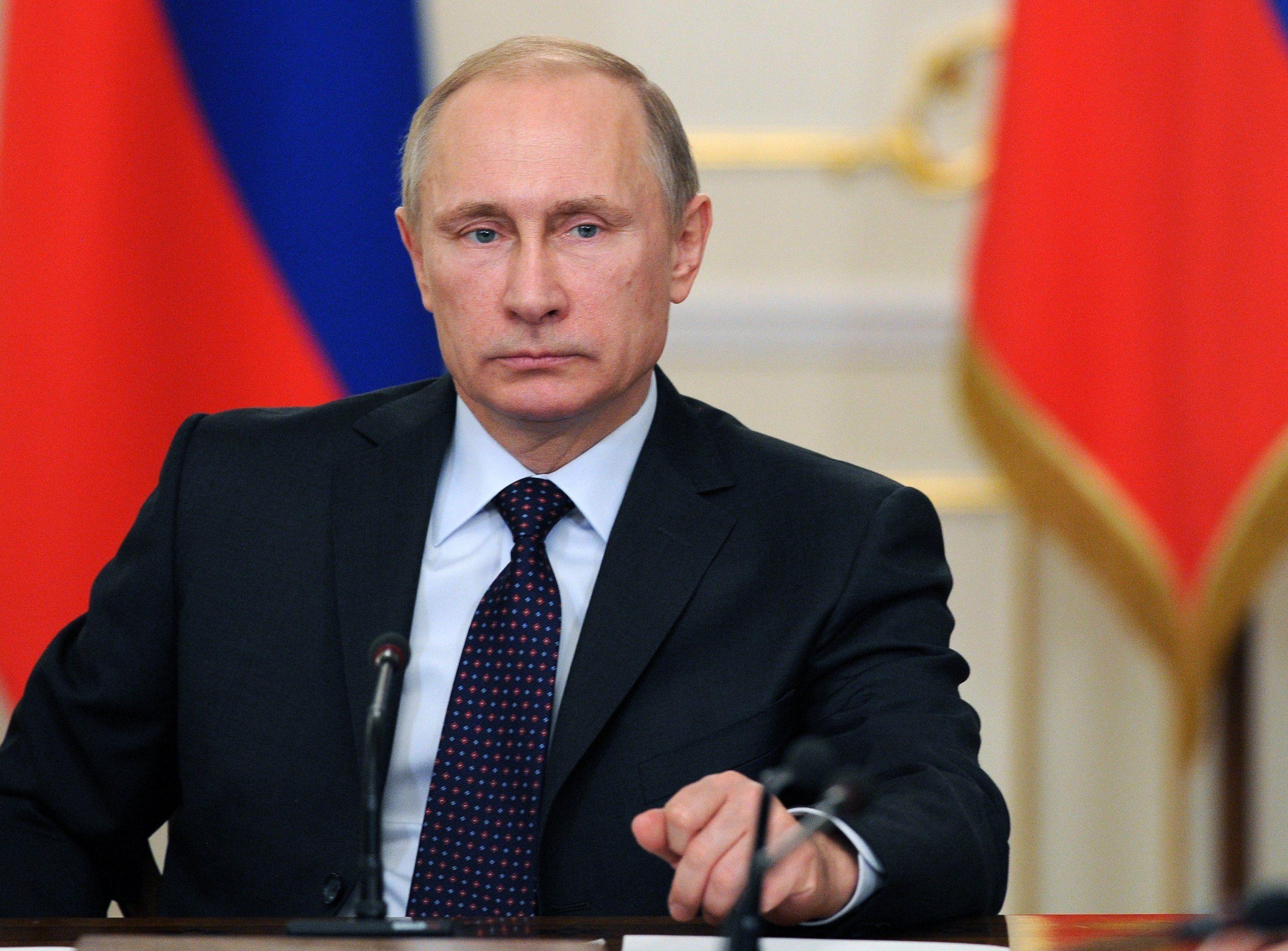 Путин: За политикой войны против русского языка — давление и прямое нарушение прав человека