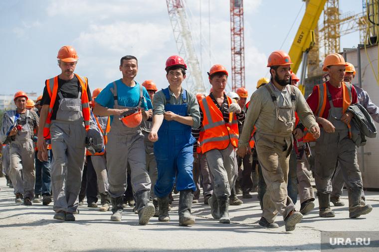 Организованный набор граждан Таджикистана на работу в РФ закрепят законом