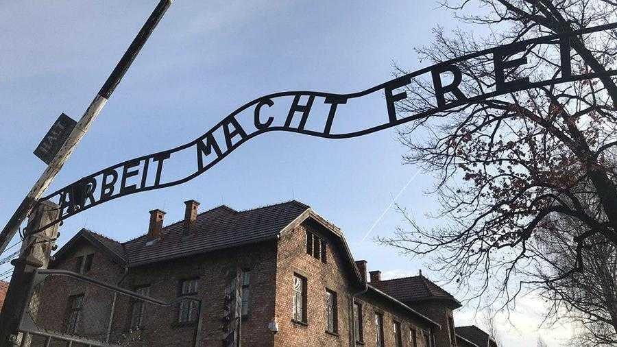 На акции в Освенциме «Офицеры России» озвучили обращение в защиту подвига советских солдат