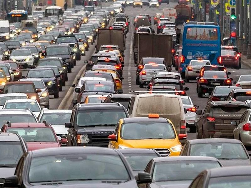 В Госдуме предложили ввести право отказа водителя от номера 666