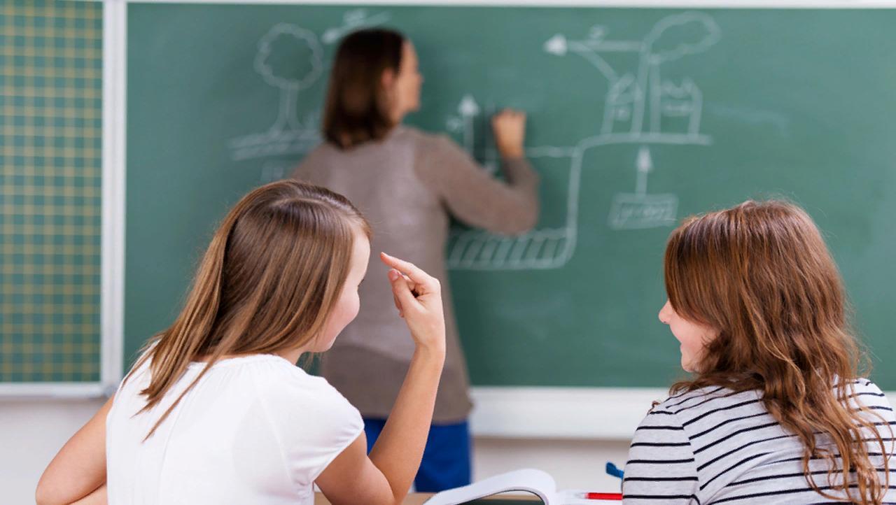 Родителей обяжут платить за издевательства над учителями со стороны детей