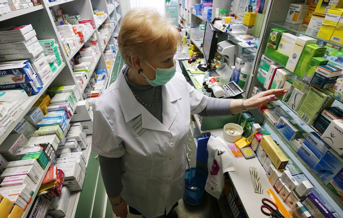 При угрозе эпидемии предложили контроль цен не в аптеках, а у производителей