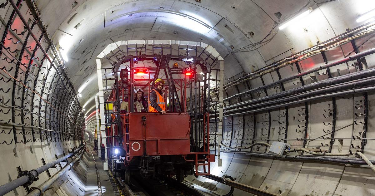 Более 1,3 тыс. рабочих мест принесёт открытие новых участков метро в Москве