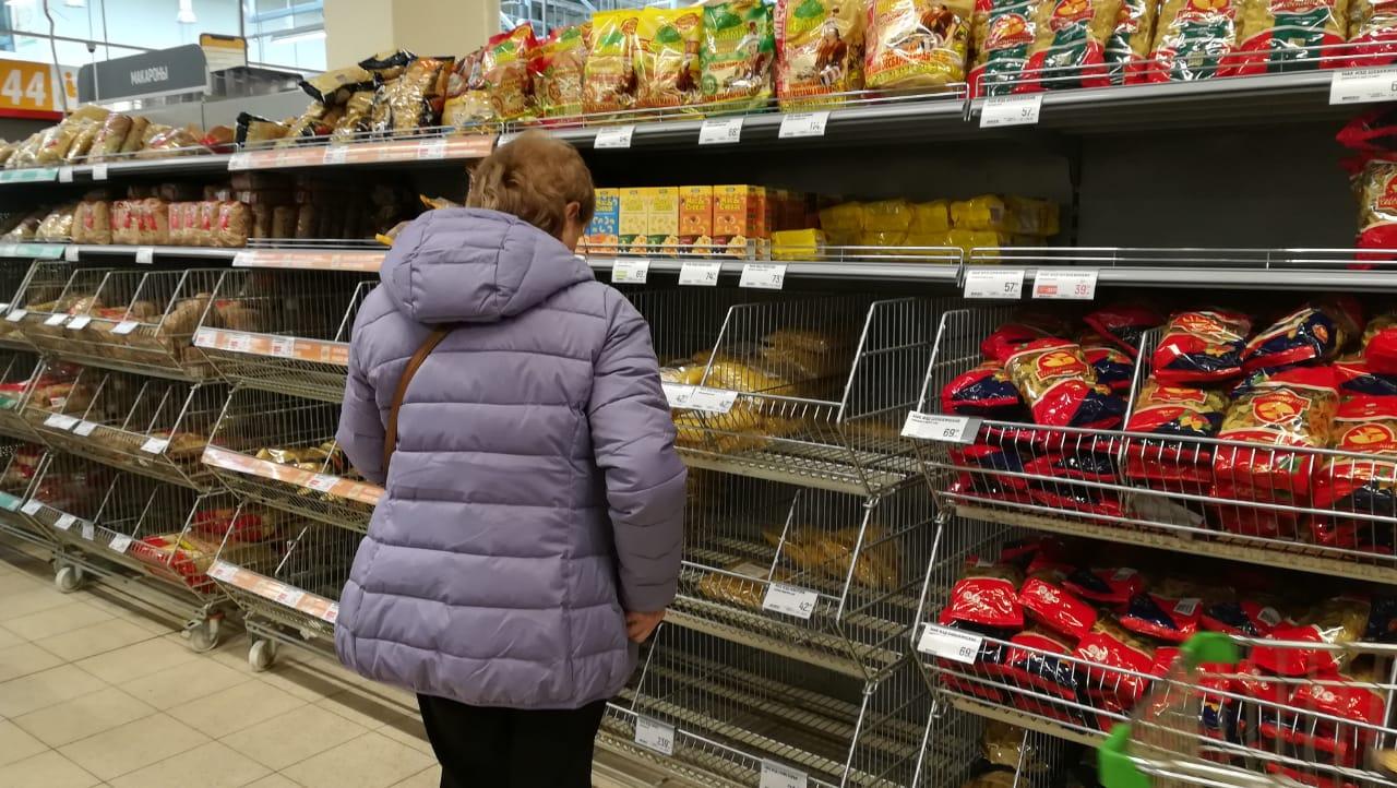 В ДФО отметили рост спроса при отсутствии дефицита на продукты длительного хранения