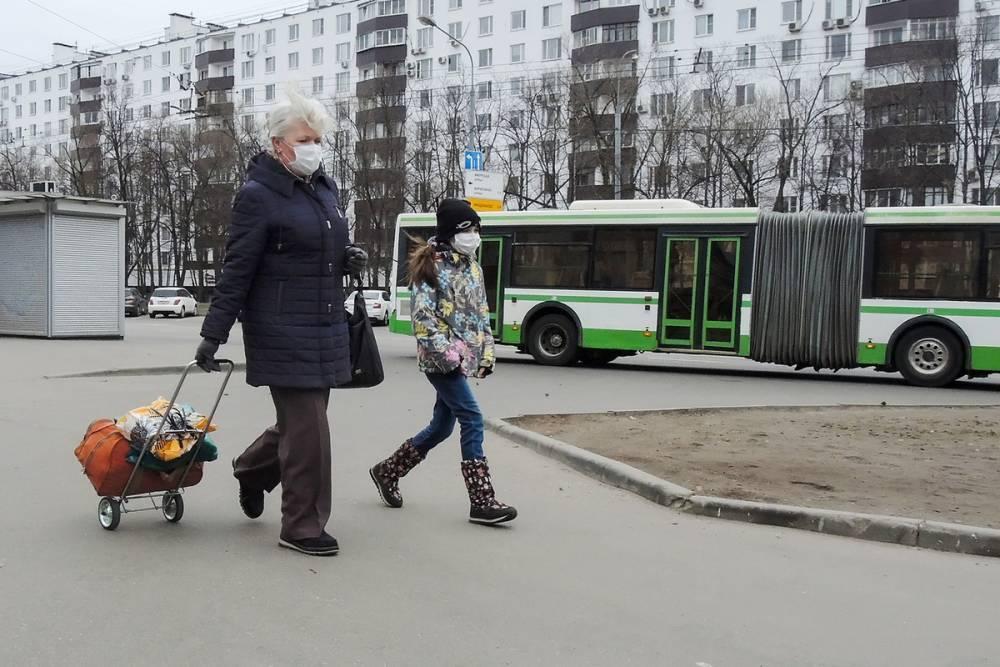 В Москве заболевшие коронавирусом старше 65 лет составили 15%