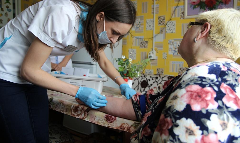 Еженедельный обязательный медосмотр пенсионеров начнут в Петербурге