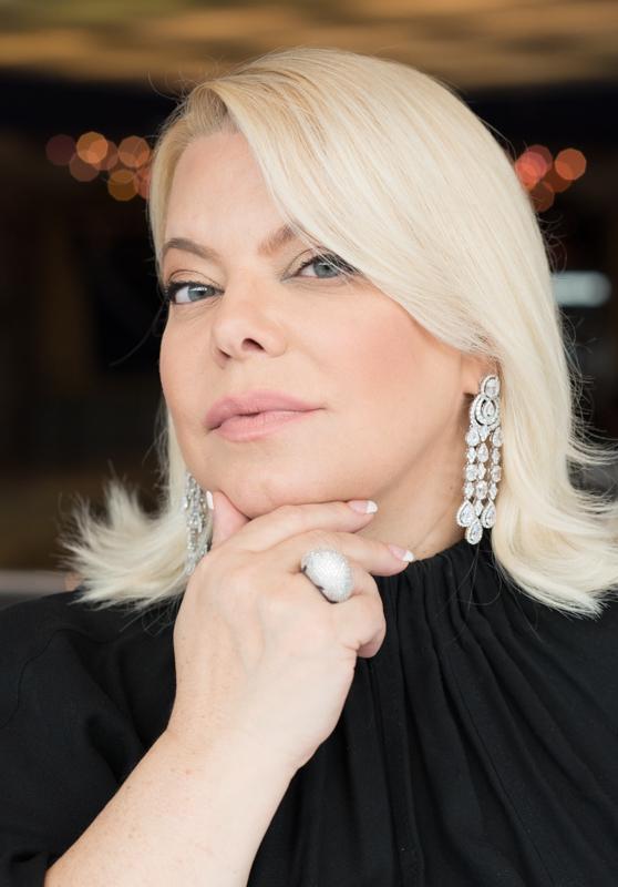 Яна Поплавская поддержала граждан в самоизоляции