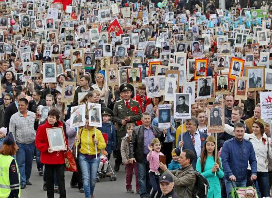 «Бессмертный полк» открыл горячую линию по проведению акции онлайн