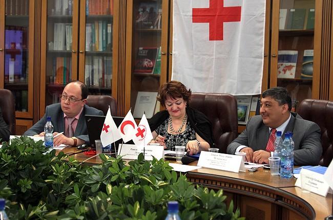 Председатель РКК Раиса Лукутцева поздравила сотрудников и ветеранов с Днем Российского Красного Креста