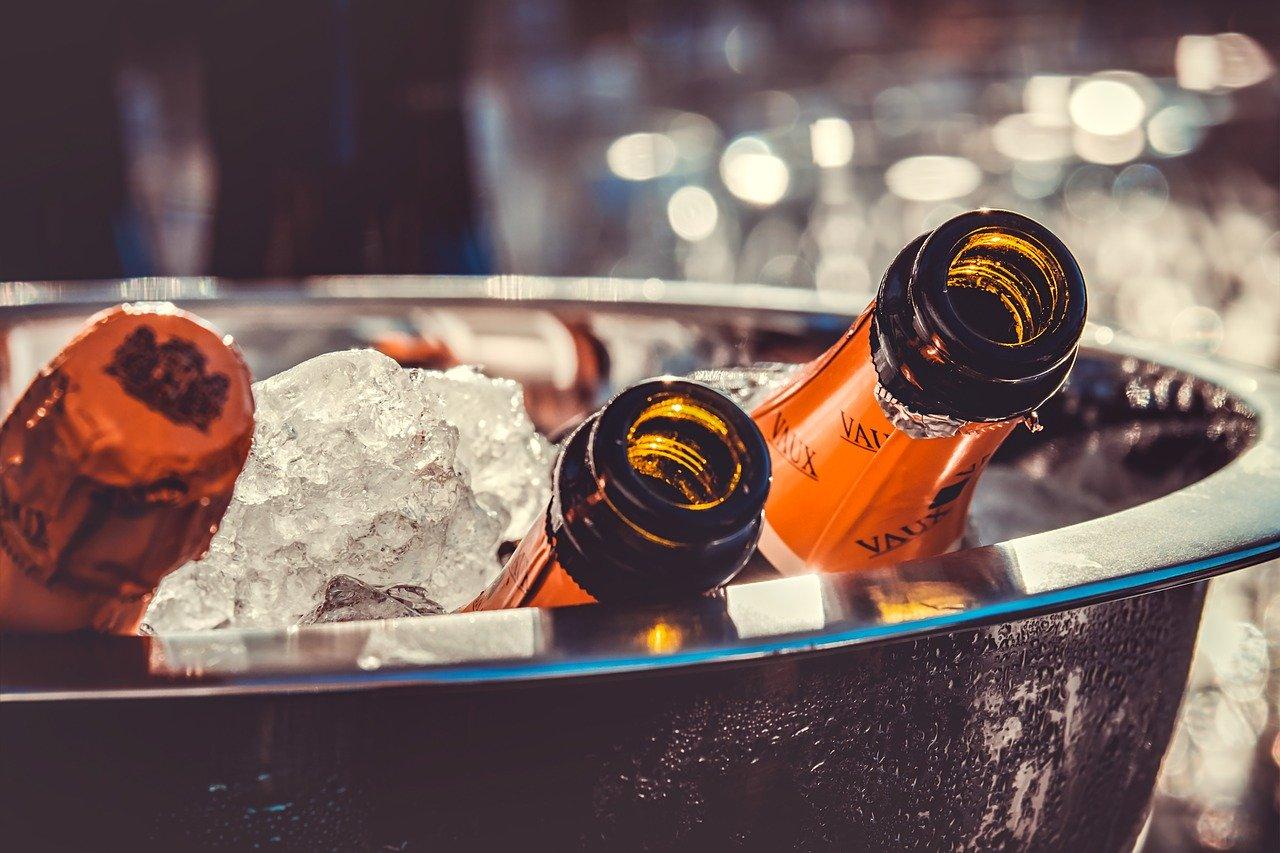 Закон о запрете продажи алкоголя в жилых домах вступил в силу