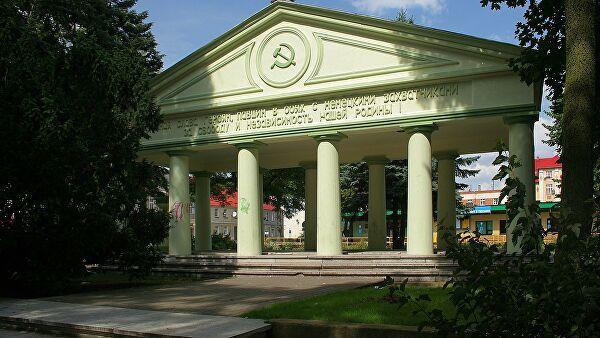 В Польше началось расследование по факту уничтожения захоронения красноармейцев