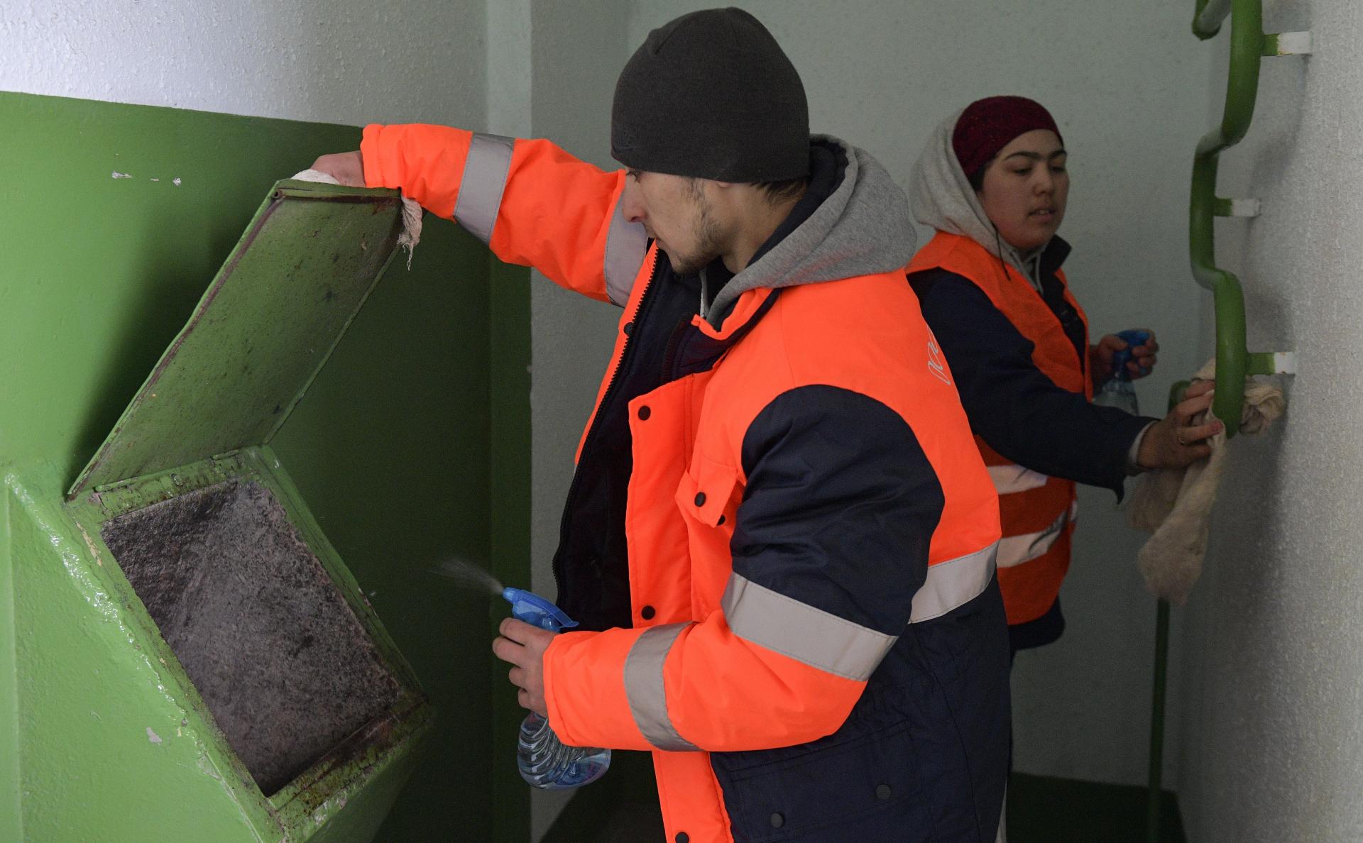 В России предложили законсервировать мусоропроводы в жилых домах