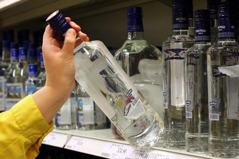 Минфин предложил поднять цены на крепкий алкоголь