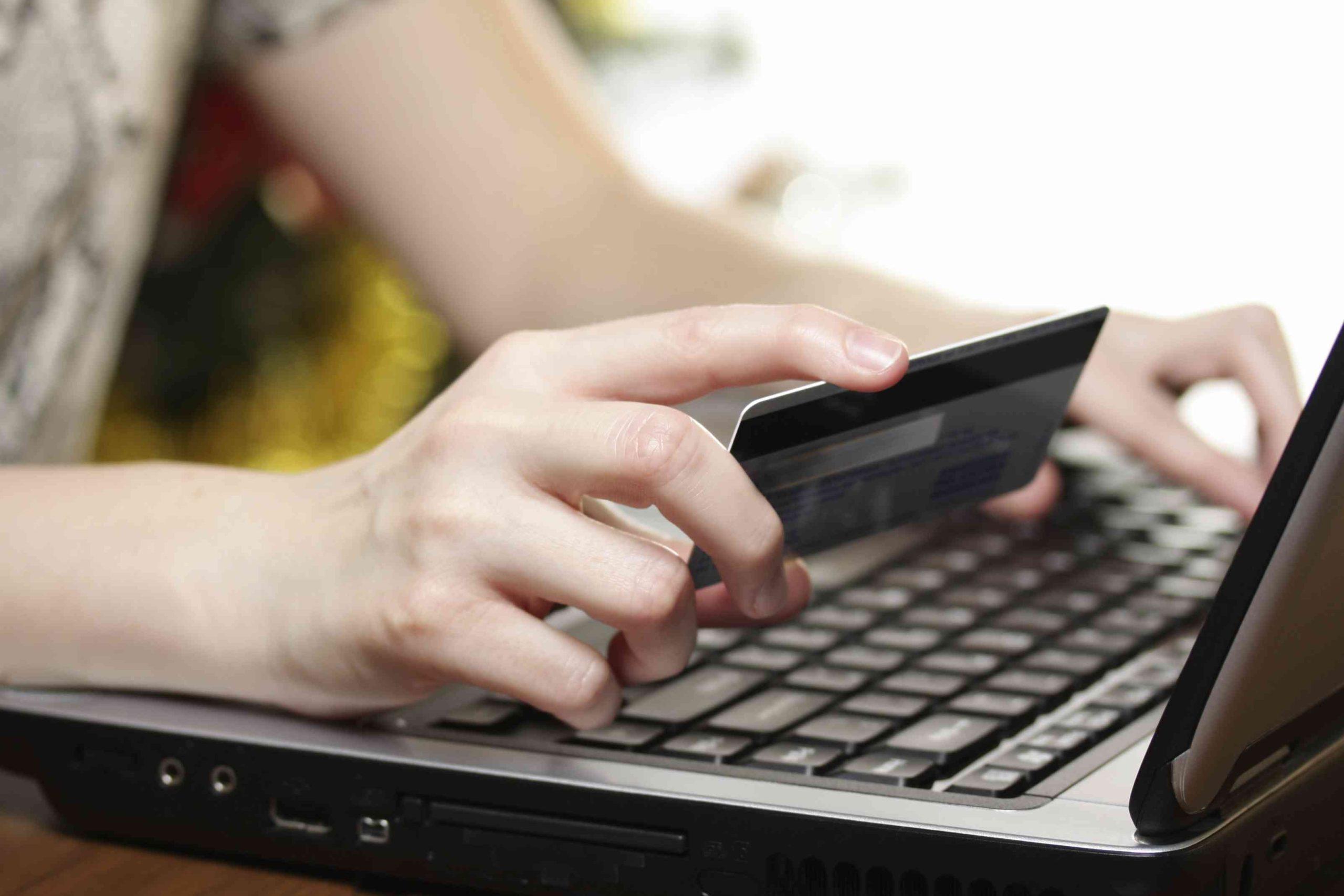 В Минкурортов Крыма предупредили о мошеннических сайтах нефункционирующих отелей